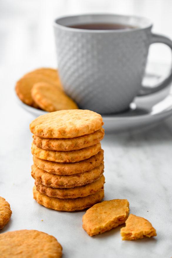 Kruche ciasteczka marchewkowe (5 składników)