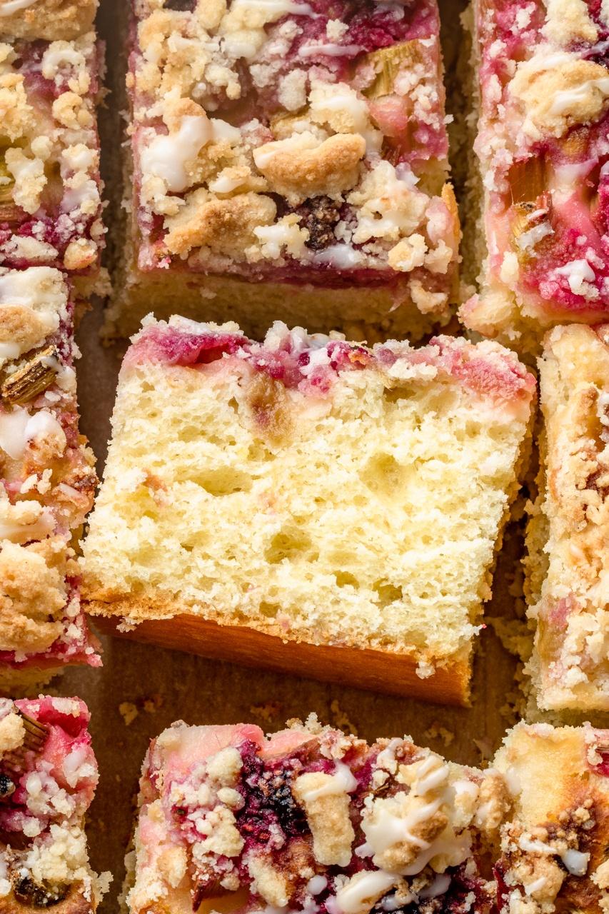 Ciasto drożdżowe bez wyrabiania (7 składników)