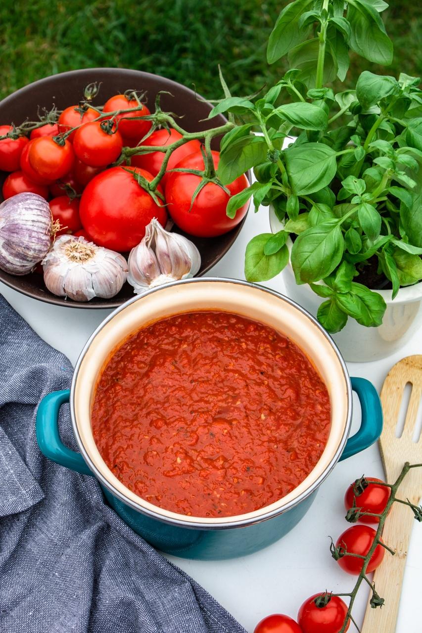 Najlepszy sos ze świeżych pomidorów (4 składniki)