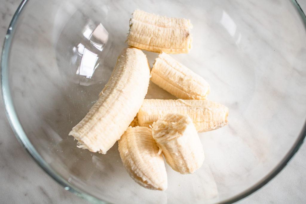 Zdrowe batony bananowo-orzechowe (4 składniki)