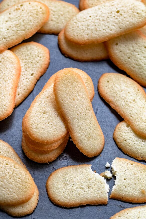 Kocie języczki - ciasteczka na białkach (4 składniki)